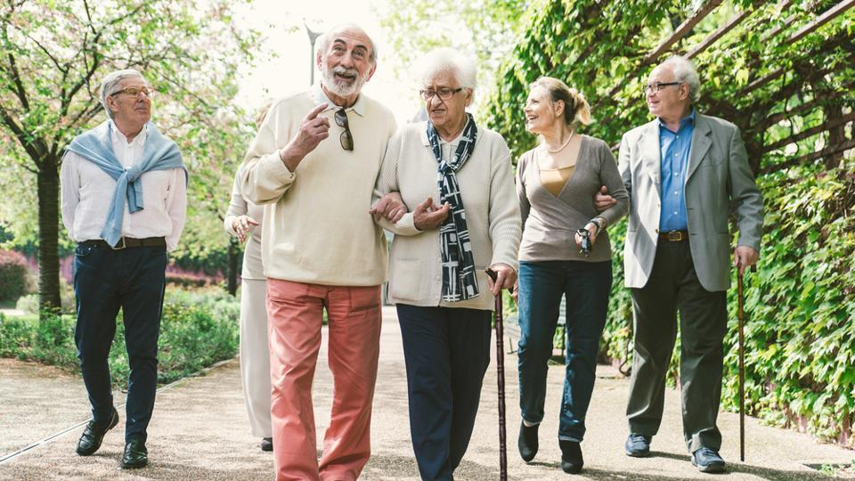 Walking regularly benefits physical, mental health of dialysis patients
